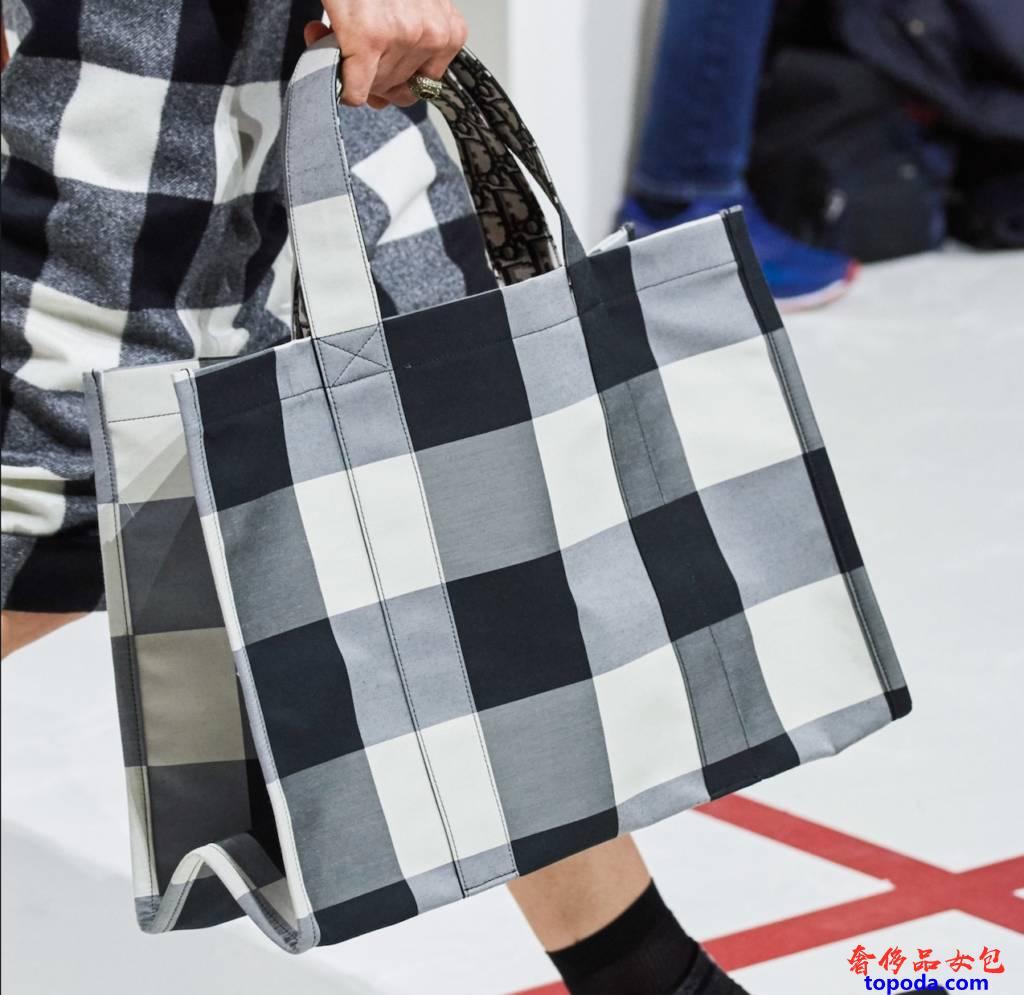 Dior女包