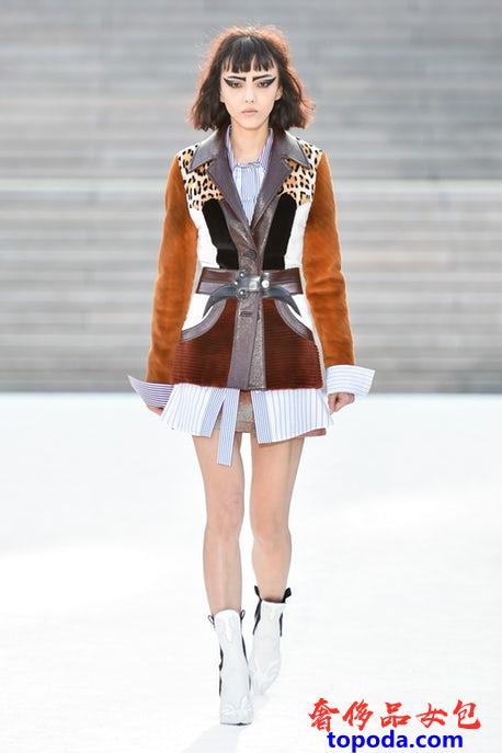 路易威登(Louis Vuitton)