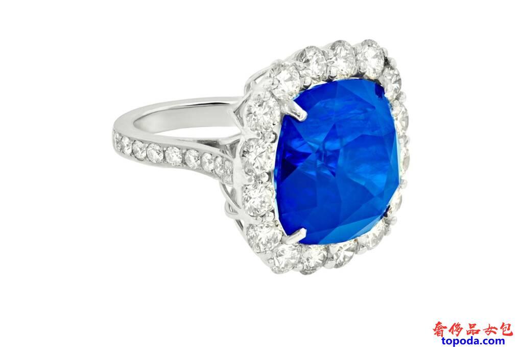 蓝宝石和钻石戒指