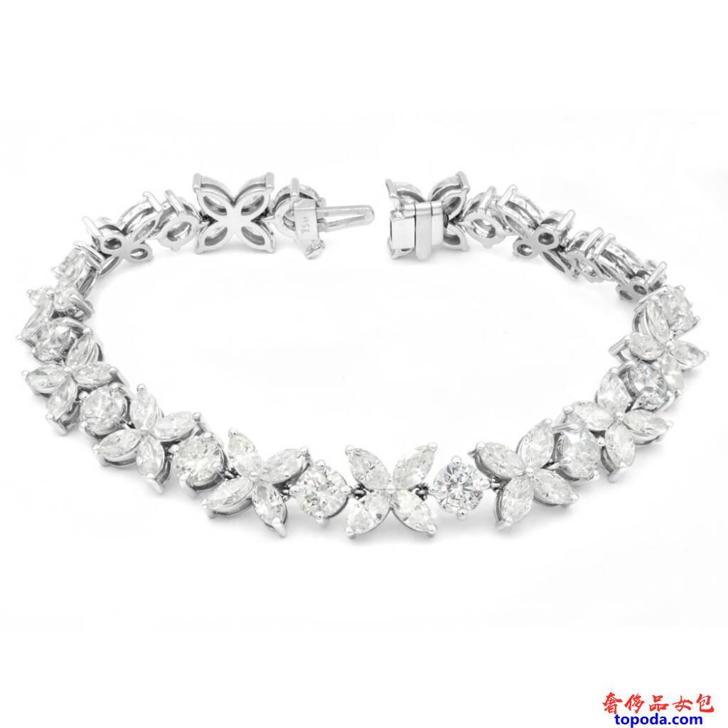 钻石和金手链